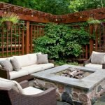 60 Awesome Backyard Privacy Design And Decor Ideas (5)