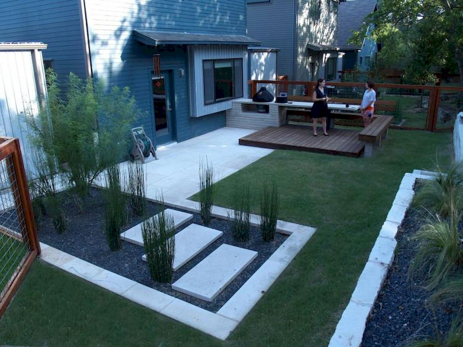 60 Awesome Backyard Privacy Design and Decor Ideas (56)
