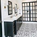 66 Cool Modern Farmhouse Bathroom Tile Ideas (1)
