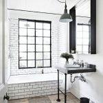 66 Cool Modern Farmhouse Bathroom Tile Ideas (23)