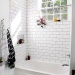 66 Cool Modern Farmhouse Bathroom Tile Ideas (26)