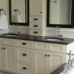 66 Cool Modern Farmhouse Bathroom Tile Ideas (28)
