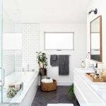 66 Cool Modern Farmhouse Bathroom Tile Ideas (40)