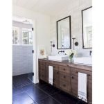 66 Cool Modern Farmhouse Bathroom Tile Ideas (42)