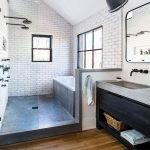 66 Cool Modern Farmhouse Bathroom Tile Ideas (53)