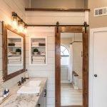 66 Cool Modern Farmhouse Bathroom Tile Ideas (55)