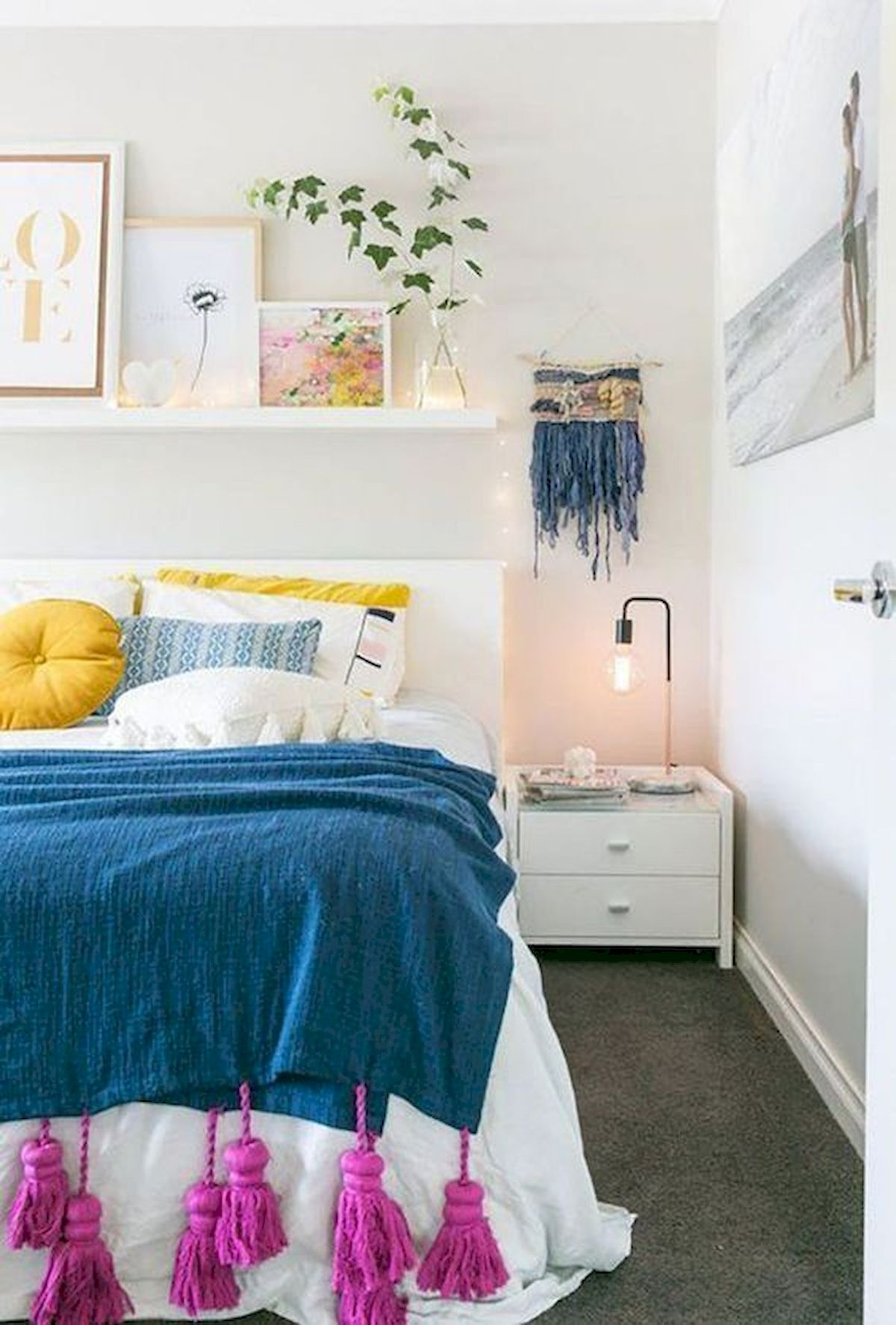 70 Awesome Colorful Bedroom Design Ideas and Remodel (37)