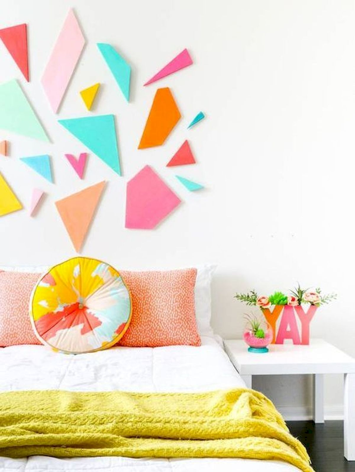 70 Awesome Colorful Bedroom Design Ideas and Remodel (59)