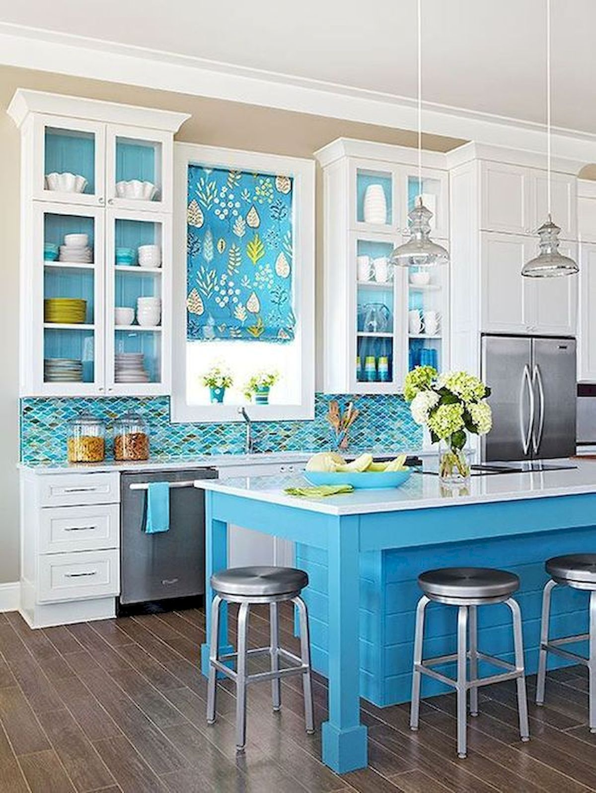 90 Amazing Kitchen Remodel and Decor Ideas With Colorful Design (84)