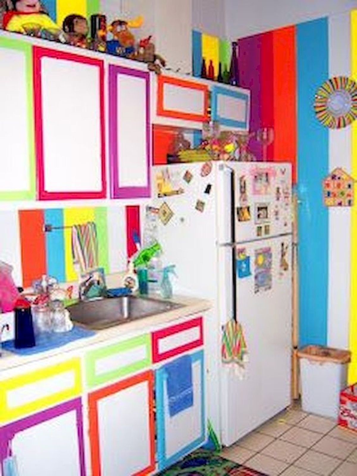 90 Amazing Kitchen Remodel and Decor Ideas With Colorful Design (90)