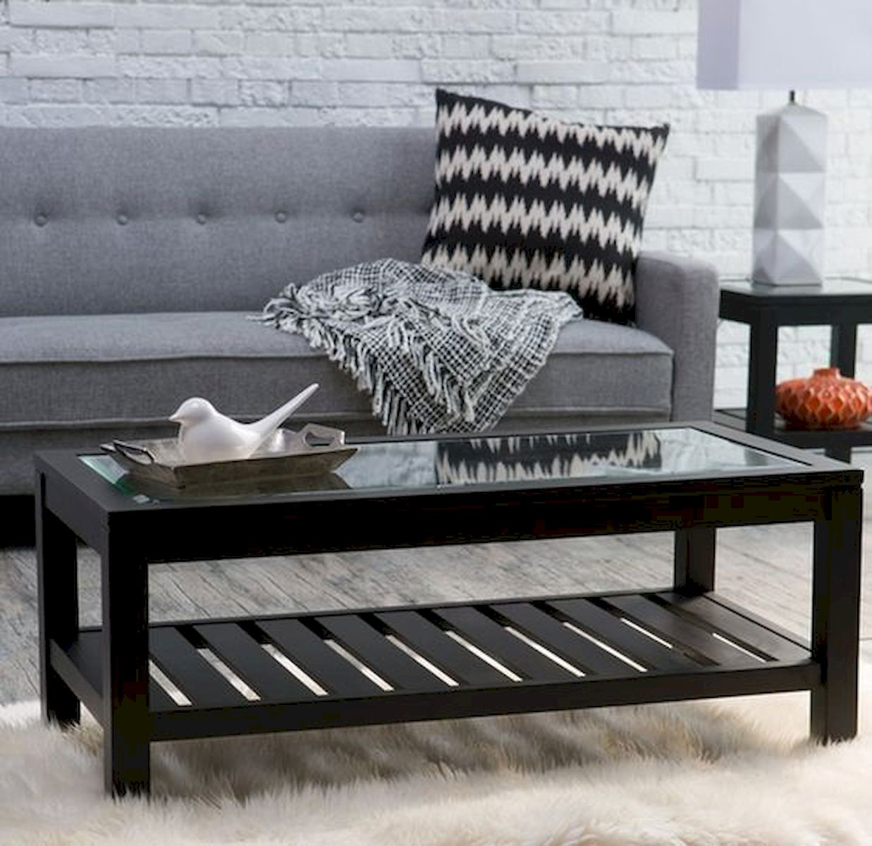 40 Awesome Modern Glass Coffee Table Design Ideas For Your Living Room (15)