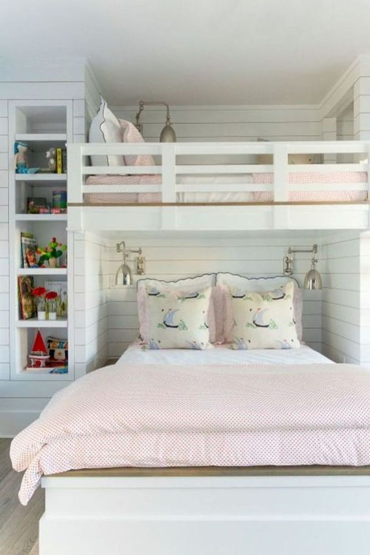 40 Cute Small Bedroom Design and Decor Ideas for Teenage Girl (13)