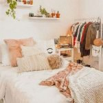 40 Cute Small Bedroom Design And Decor Ideas For Teenage Girl (24)