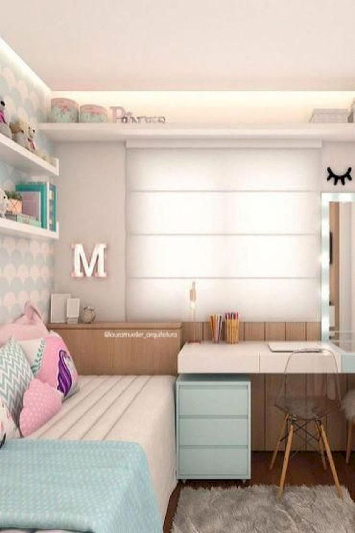 40 Cute Small Bedroom Design and Decor Ideas for Teenage Girl (37)