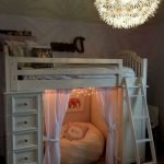 40 Cute Small Bedroom Design And Decor Ideas For Teenage Girl (8)