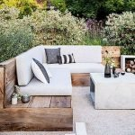 44 Amazing Backyard Seating Ideas To Make You Feel Relax (25)