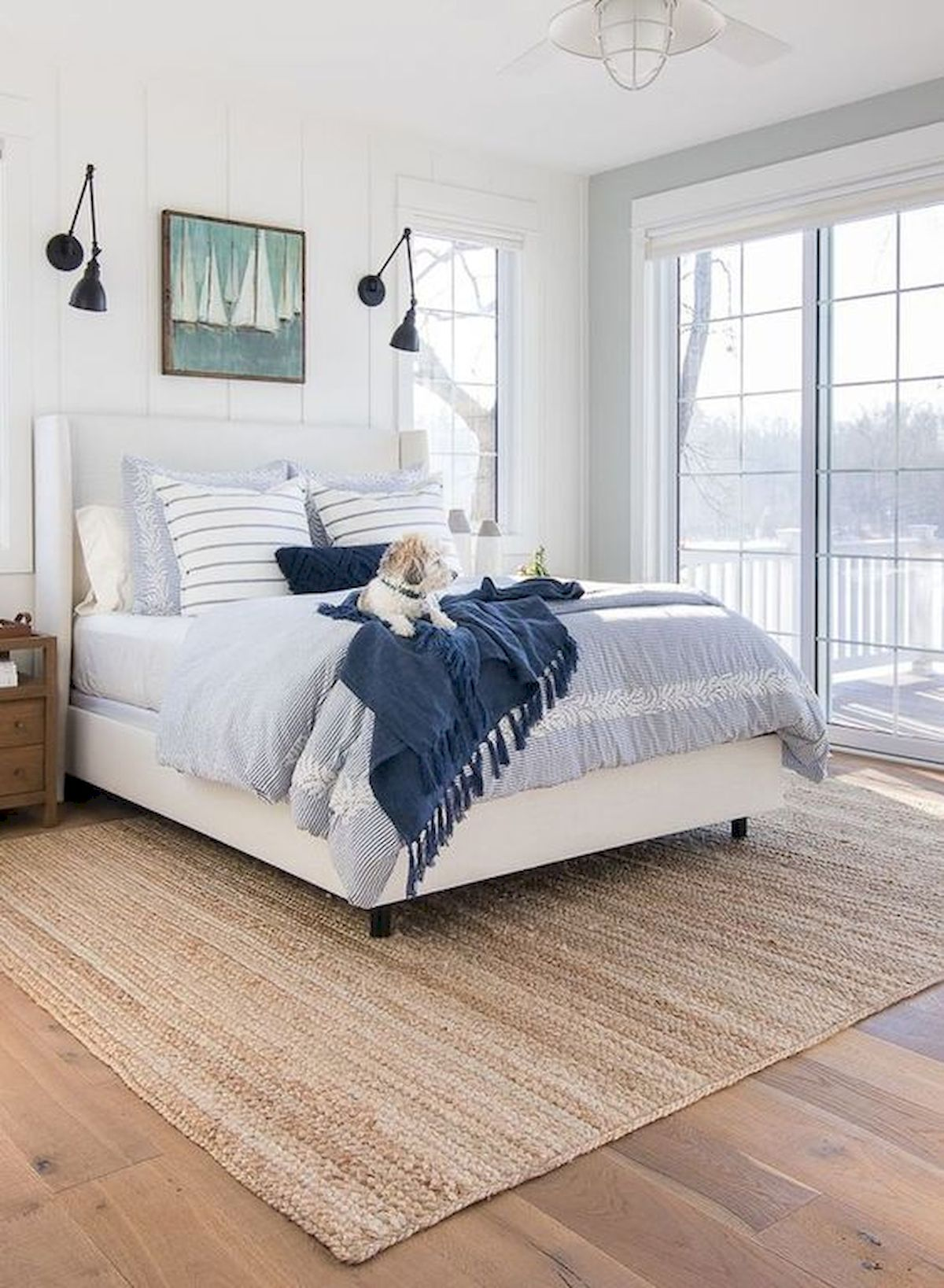 44 Awesome White Master Bedroom Design And Decor Ideas For Any Home Design (3)