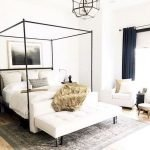 44 Awesome White Master Bedroom Design And Decor Ideas For Any Home Design (31)