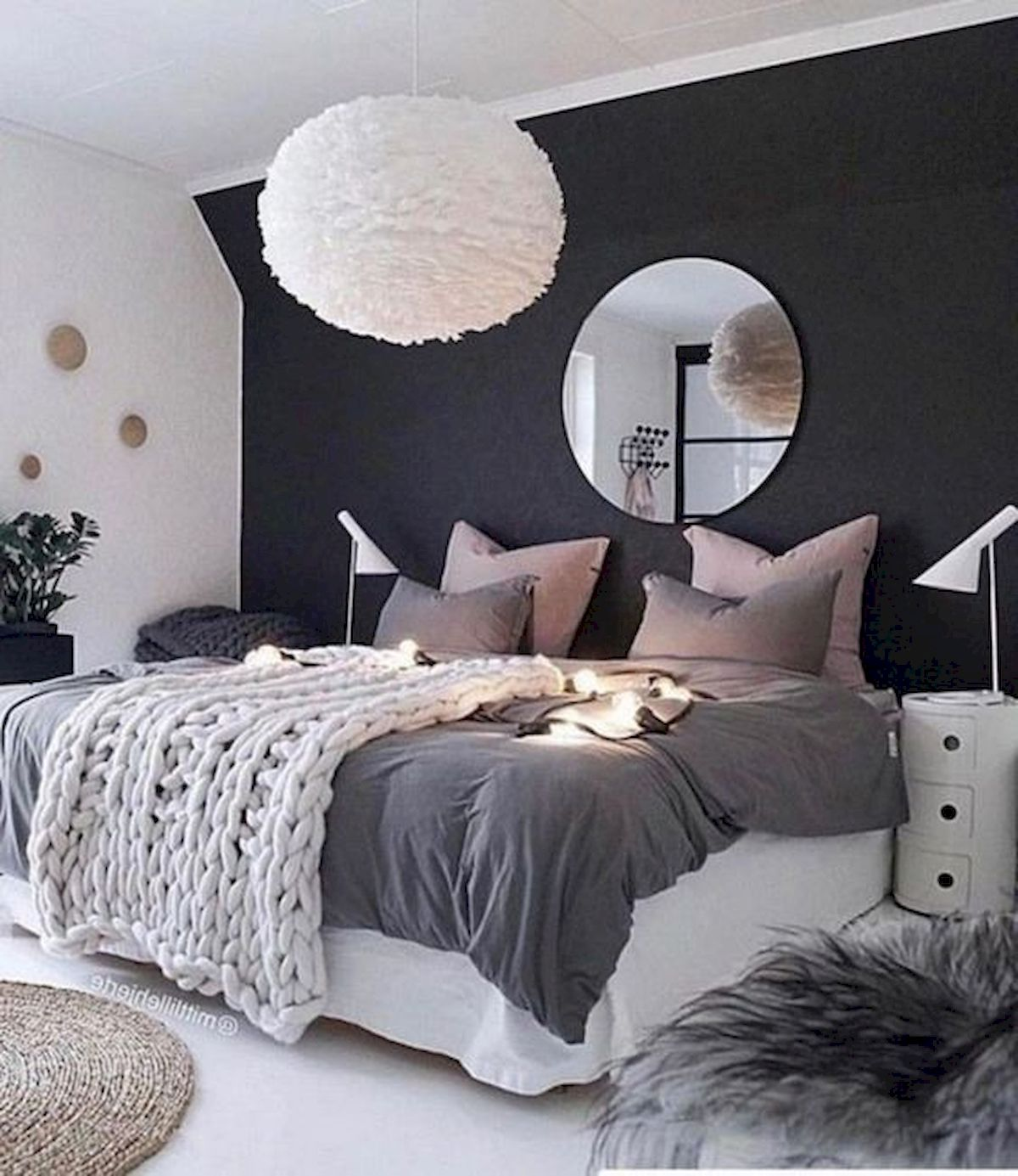 44 Awesome White Master Bedroom Design and Decor Ideas For Any Home Design (43)