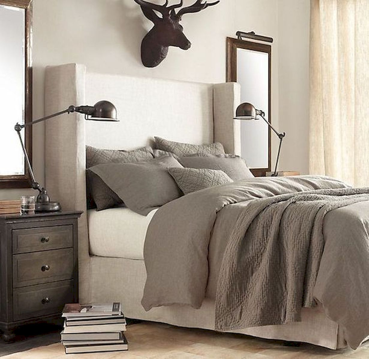 44 Awesome White Master Bedroom Design and Decor Ideas For Any Home Design (44)