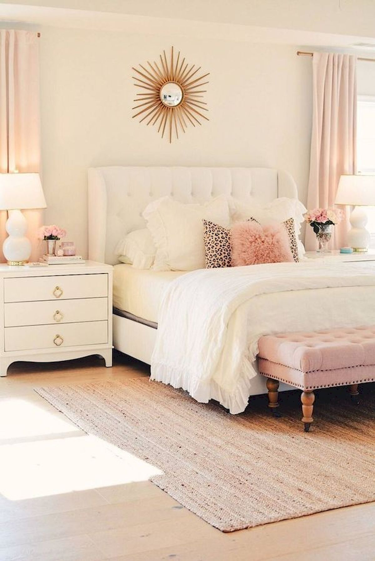 44 Awesome White Master Bedroom Design and Decor Ideas For Any Home Design (7)