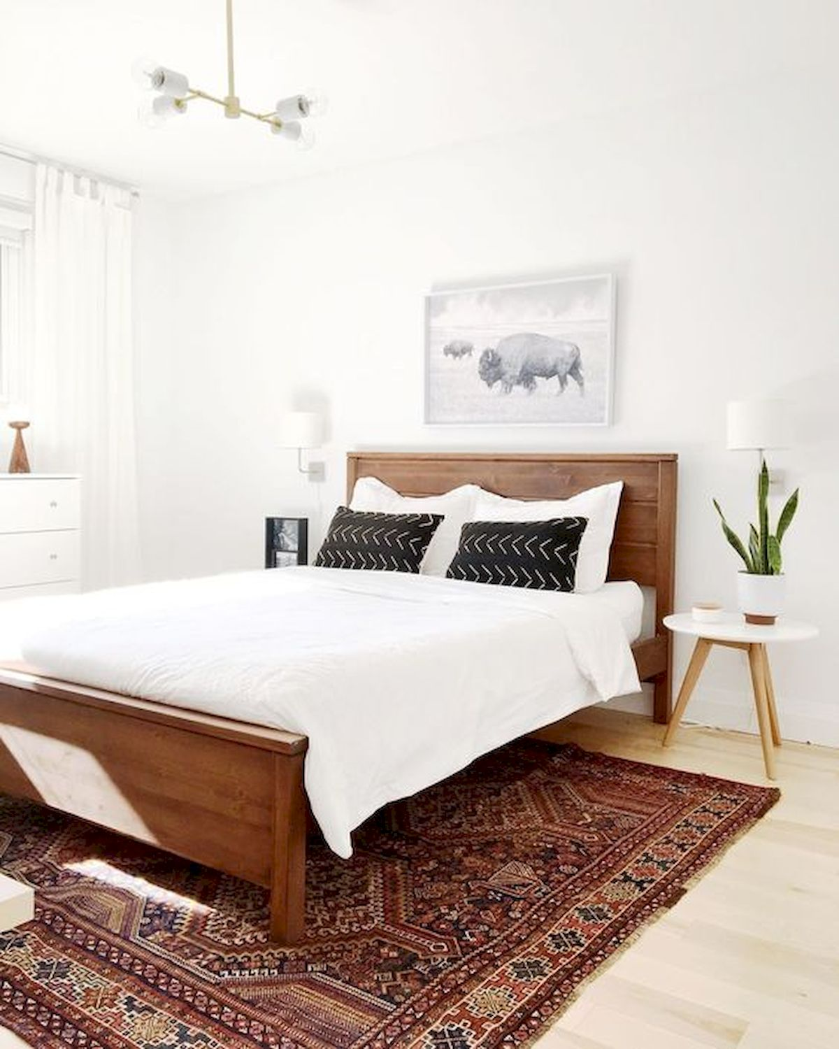 44 Awesome White Master Bedroom Design and Decor Ideas For Any Home Design (9)