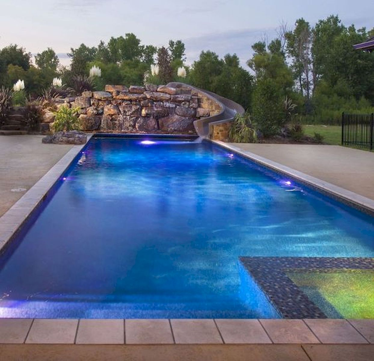 46 Fantastic Modern Swimming Pool Design Ideas (26)