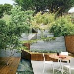 50 Awesome Modern Backyard Garden Design Ideas With Hanging Plants (26)