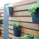 50 Awesome Modern Backyard Garden Design Ideas With Hanging Plants (32)