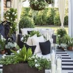 50 Awesome Modern Backyard Garden Design Ideas With Hanging Plants (5)