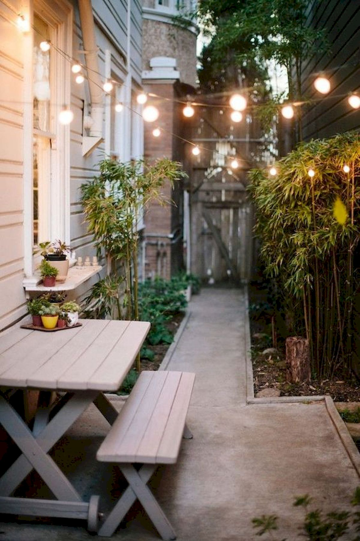 50 Beautiful Side Yard Garden Landscaping Ideas for Your House (7)