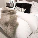 50 Amazing Modern Bedroom Decoration Ideas with Luxury Design (24)