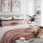 50 Amazing Modern Bedroom Decoration Ideas with Luxury Design (41)