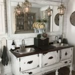 50 Awesome Modern Farmhouse Bathroom Remodel Ideas (30)