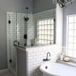 50 Awesome Modern Farmhouse Bathroom Remodel Ideas (35)