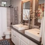 50 Awesome Modern Farmhouse Bathroom Remodel Ideas (46)