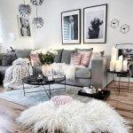 60 Amazing Wall Decor and Design Ideas with Modern Stylish (39)