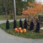 30 Awesome Outdoor Halloween Decorations Ideas (1)