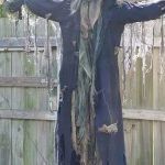30 Awesome Outdoor Halloween Decorations Ideas (17)