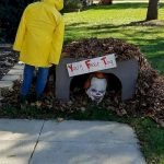 30 Awesome Outdoor Halloween Decorations Ideas (18)