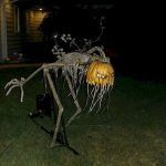 30 Awesome Outdoor Halloween Decorations Ideas (30)