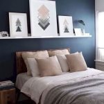 36 Beautiful Wall Bedroom Decor Ideas That Unique (11)