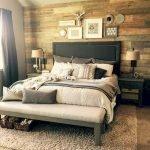 40 Classic Farmhouse Bedroom Design and Decor Ideas That Make Your Home Feel Great (19)