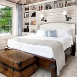 40 Classic Farmhouse Bedroom Design and Decor Ideas That Make Your Home Feel Great (9)