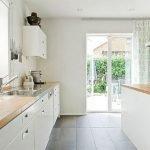40 Elegant White Kitchen Design and Decor Ideas (14)