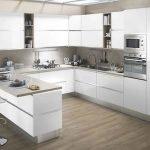 40 Elegant White Kitchen Design and Decor Ideas (17)