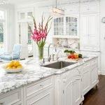 40 Elegant White Kitchen Design and Decor Ideas (20)