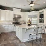 40 Elegant White Kitchen Design and Decor Ideas (26)