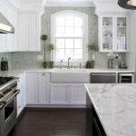 40 Elegant White Kitchen Design and Decor Ideas (29)