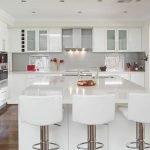 40 Elegant White Kitchen Design and Decor Ideas (4)